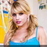 Pornstar Lexi Belle webcam chat profile & sex shows